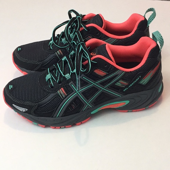 0e377dc05b31 Asics Gel Venture 5 Trail Running Shoes. New!